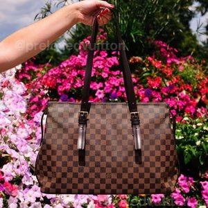 ♥️CHELSEA♥️Authentic Damier Ebene Shoulder Bag!